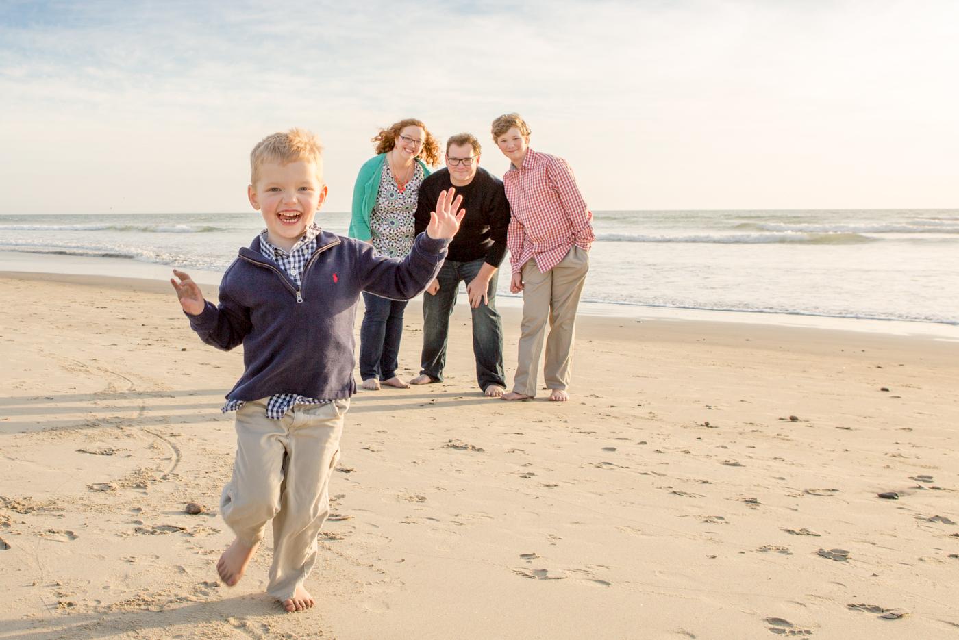photo beach oceanside family
