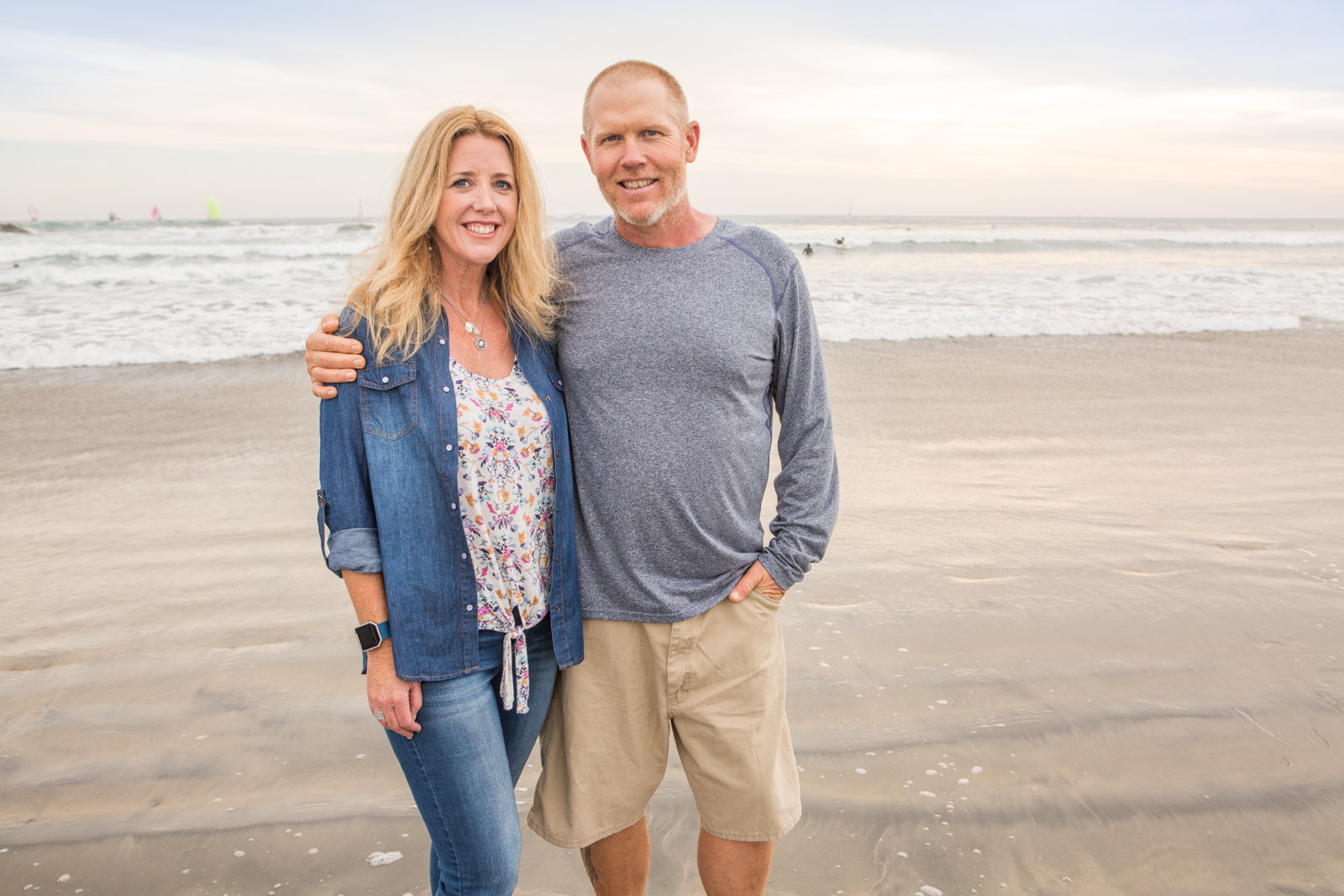 family photos taken at Oceanside Harbor by a professional photographer in San Diego and Oceanside.